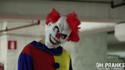 Клоунът убиец се завръща! .. Жестока шега