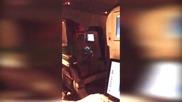 Пиян пътник на самолет вързан за седалката