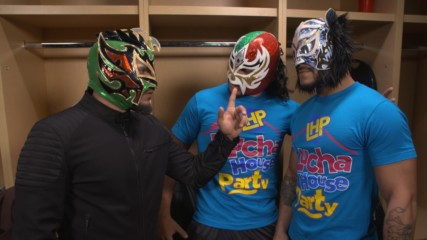The Lucha House Party stands united once more: WWE.com Exclusive, Sept. 17, 2019