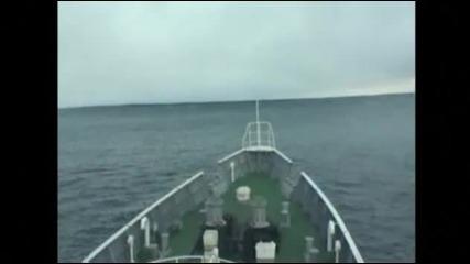 Кадри от кораб срещу цунамито в Япония