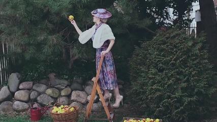 П Р Е М И Е Р А • Marina And The Diamonds - Electra Heart /official video/ H D