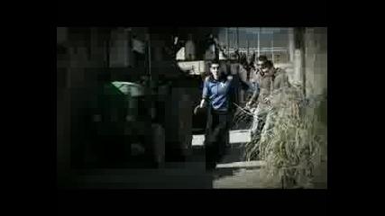 Camarada Kalashnikov - Tirano Saura