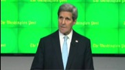 USA: Kerry embraces released US-Iranian reporter at press freedom event