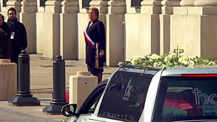 Chile: Funeral for Chile's first elected pres. Patricio Aylwin draws thousands