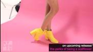 Nina Dobrev прави най-новата си фотосесия - Nylon Tv