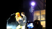 Paramore - Ignorance (live) Hq [6 - 11 - 09]