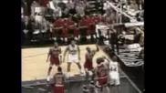 Allen Iverson Прави Crossover На Jordan