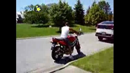 Идиот на мотор