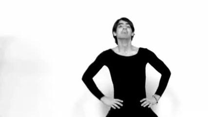 Joe Jonas Dances to Single Ladies [www.keepvid.com]