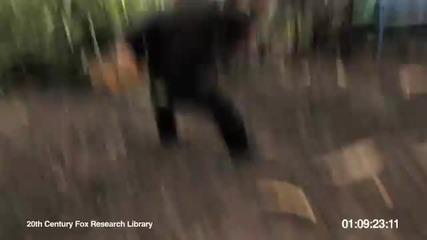 Маймуна с картечница