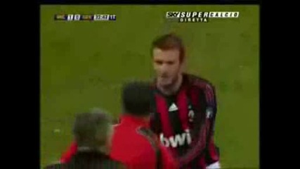 Gol Beckham - Milan - Genoa 1 - 1 - Serie A 21в° Giornata - 28012009 - Video Hq.avi