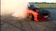 Лудото Bmw e30 v8 си мрази гумите :d