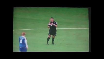 Wayne Rooney груб фал срещу Уиган