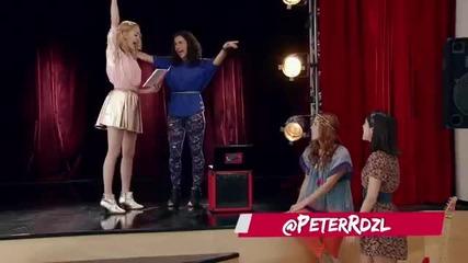"""Violetta 3 - Ludmila, Camila, Naty y Francesca cantan """"encender Nuestra Luz"""" ep.18"""