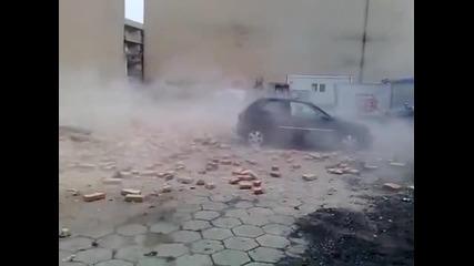 опел сваля стена