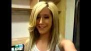 Ashley Tisdale - Пожелава На Феновете Си Чнг