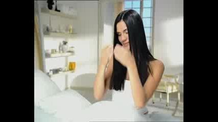 Реклама на Pantene с участието на Ивайла Бакалова