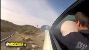 Катастрофи с коли предизвикани от глупави постъпки на шофьори