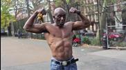 60 годишен негър в добра форма