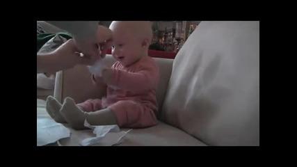 Това бебе ще ви побърка ;dd