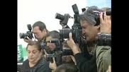 Четириного придружи Бойко Борисов до изборната секция