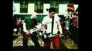 Simple Plan - I Am Just A Kid