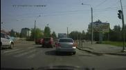 Driver Takes Revenge on Second Driver