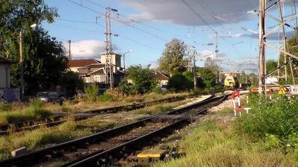 08 32 - се прибира след ремонт на железният път