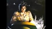 Michael Jackson - Leave Me Alone (превод)
