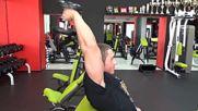 Фитнес упражнения - Разгъване с дъмбел зад врат с една ръка