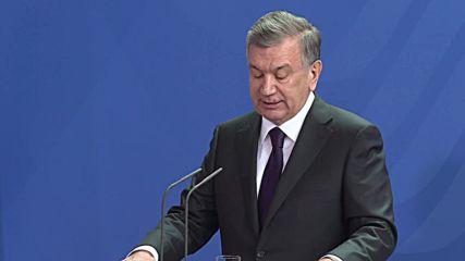 Germany: Merkel welcomes Uzbek President Mirziyoyev to Berlin
