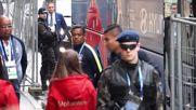 Russia: Fans go wild as Brazil stars arrive in St Petersburg