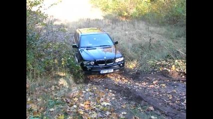 Bmw X5 без Хdrive изкачва баир Off Road