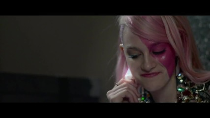 Juliette Lewis, Ryan Guzman in 'Jem and the Holograms' First trailer