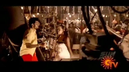 Aayirathil Oruvan - Un Mela Aasadhaan