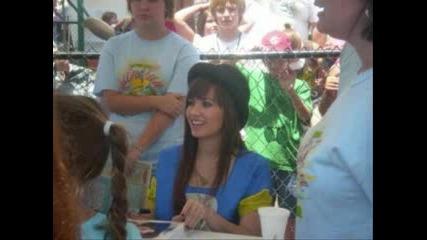 Nick Jonas and Demi Lovato - Crush