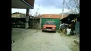 баи Тошко с колата 2