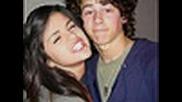 Selena Gomez And Nick Jonas Kiss ???