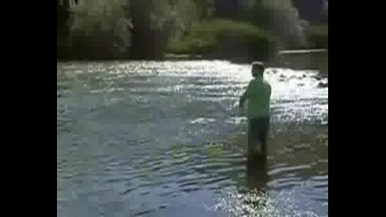 Риболов На Клен (речен Кефал) С Воблер 2
