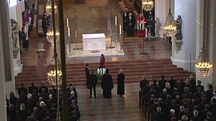 Germany: Merkel attends memorial service for Munich shooting victims