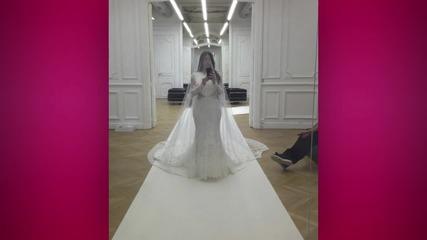 Sneak Peek of Kim Kardashian's New Selfie Book