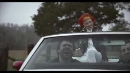 Paramore- Ain't It Fun