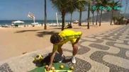 Уличен шоумен с плодове *hq*