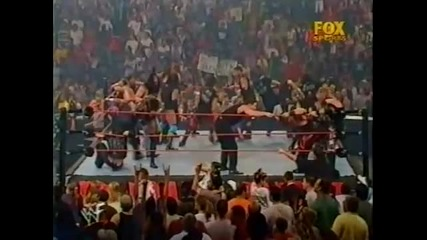 Гробаря и Кейн срещу Райно и Далас Пейдж - Wwf / Wwe Raw 2001