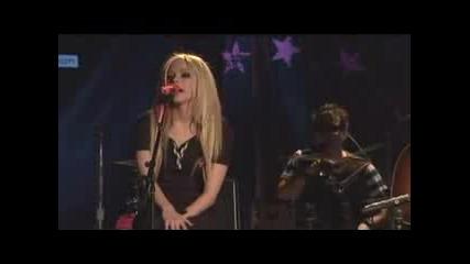 Avril Lavigne - Hot (Acoustic) Live Nation