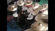 10 годишно свири Master of Puppets by Metallica на барабани