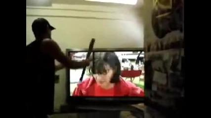 Как се поправя развален плазмен телевизор
