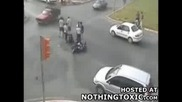 Моторист Се Размазва В Пожарна!