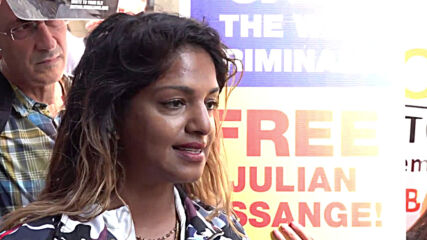 UK: 'Julian has suffered enough' - M.I.A outside London court