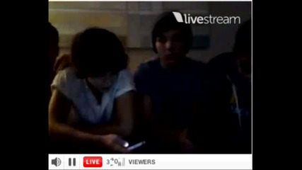 One Direction twitcam Част 2 8/30/12